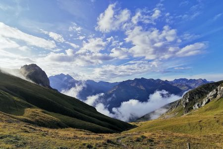 Wolken im Tal vom Kaiserjochhaus